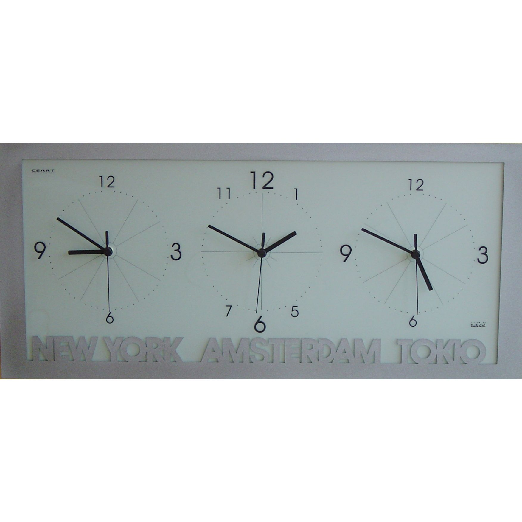 Ceart Worldtime clock